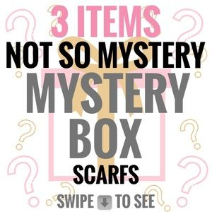 Accessories - Mystery Box 3 Winter Scarfs